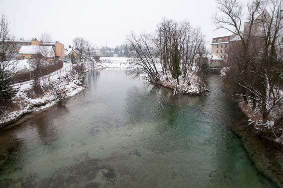 Blick von der Brücke auf den letzten Abschnitt der Schwimmstrecke